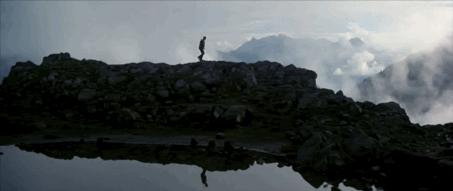 Figure 19 - Michael Cimino, The Deer Hunter (1978): le chasseur solitaire au début de la seconde chasse dans la montagne américaine, après la séquence de la chasse dévoyée au Vietnam.