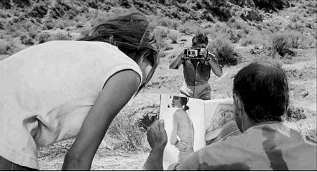 Figure 24 - Carlos Saura, La Caza (1966): double réfraction et mise en abyme du regard scopophile